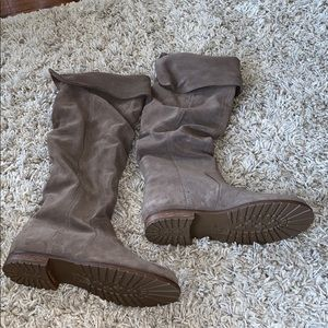 Brand new Steve Madden boots size 8